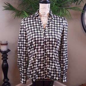 East 5th button down blouse M